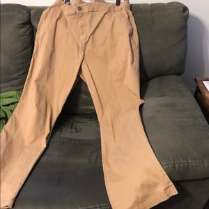 Old Navy bootcut chinos. Worn once. EUC.